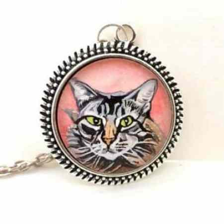 painted memorial pendant for a cat