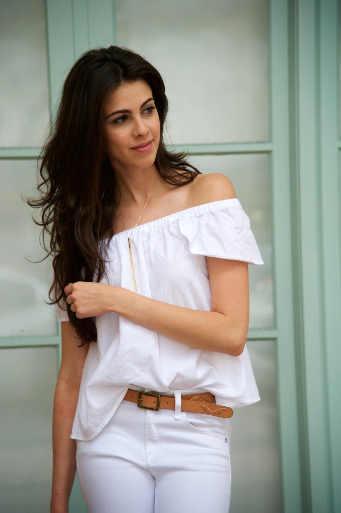 Off the shoulder- Madewell - White on white - Miami Style