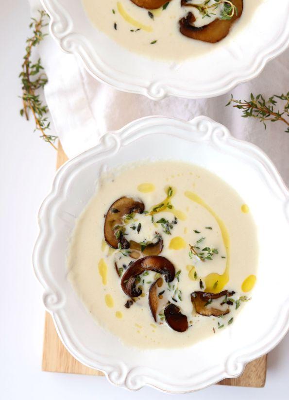 Cheesy Cauliflower Mushroom Soup