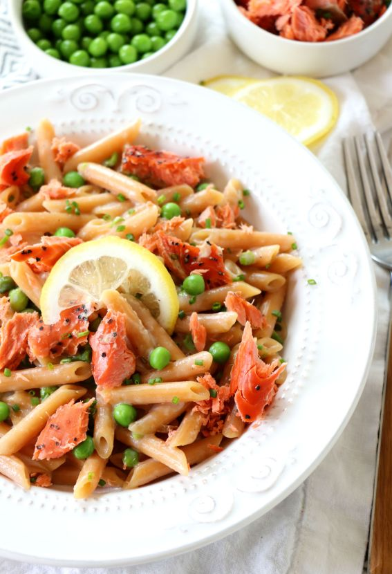 Creamy Alfredo Lentil Pasta with Smoked Salmon
