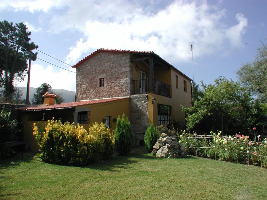 Casa Rosinha menor