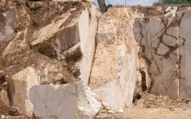 Quarry_Gallery_Yellow_027