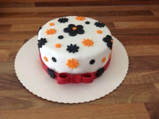 Blümchen-Torte