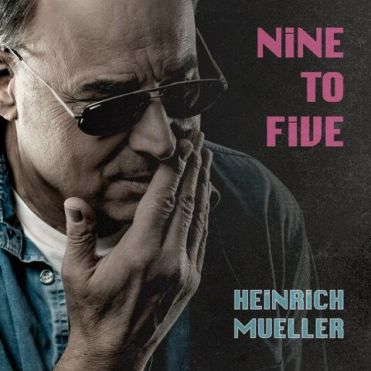 "Die neue Single ""Nine To Five"""