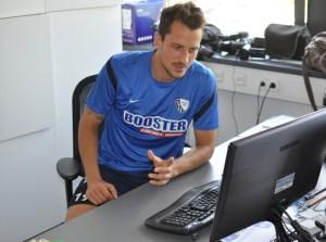 Patrick Fabian im Twinterview mit VfL Bochum. Foto: Presseabteilung VfL Bochum.