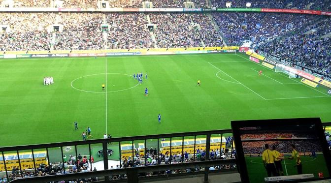 Gladbach schießt Schalke mit Zauberfußball aus dem Borussia-Park