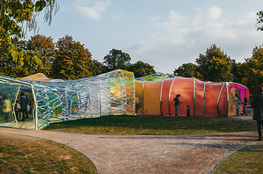 dasynka-london-fashion-blogger-serpentine-gallery-art-colors-pavilion