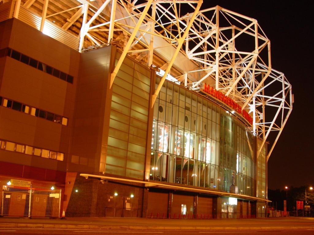 Manchester United Old Trafford Stadium Wallpapers Hd 老特拉福德球场高清桌面壁纸:宽屏:高清晰度:全屏