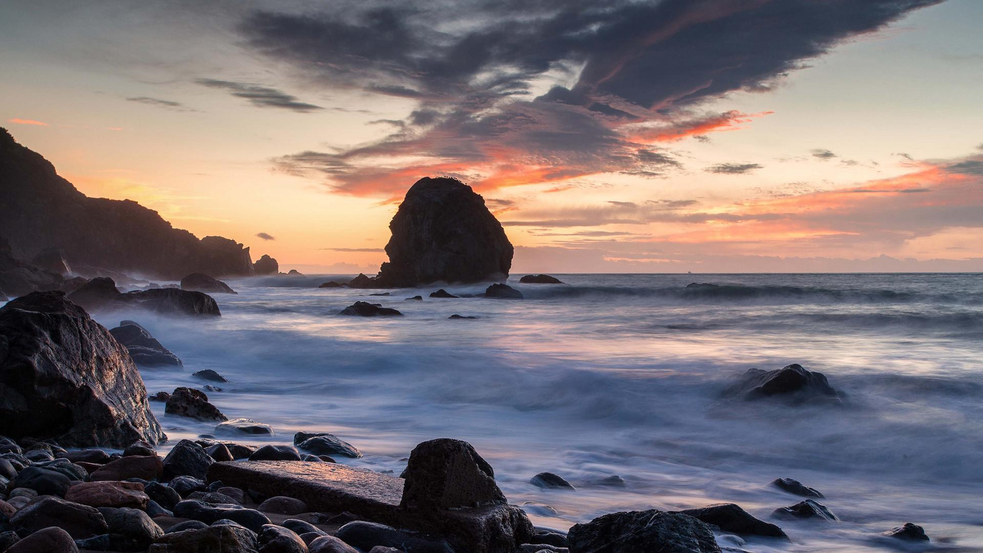 Baby Girl Wallpaper Full Hd Beach Ocean Rocks Stones Sea Shore Sky Clouds Waves