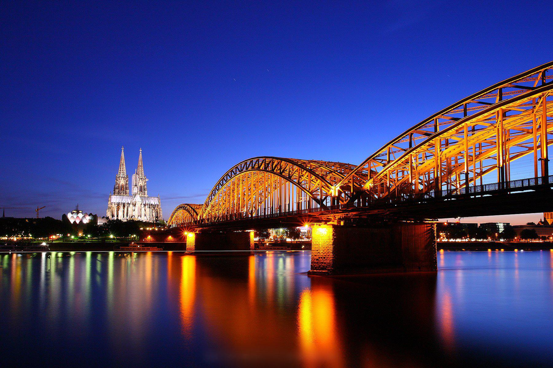 Cute Baby Wallpaper Hd 1080p Hd Cologne Cathedral Twilight Germany Bridge Reflection