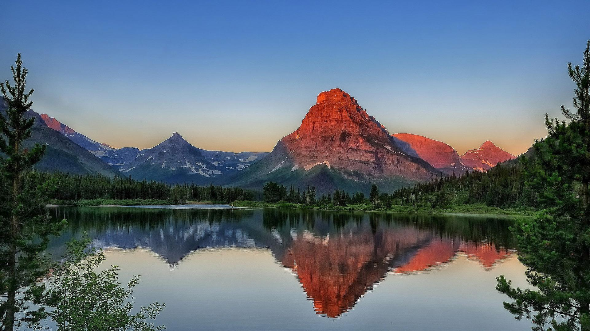 Cute Baby Blue Wallpapers Hd Copper Mountain Reflection In The Lake Wallpaper
