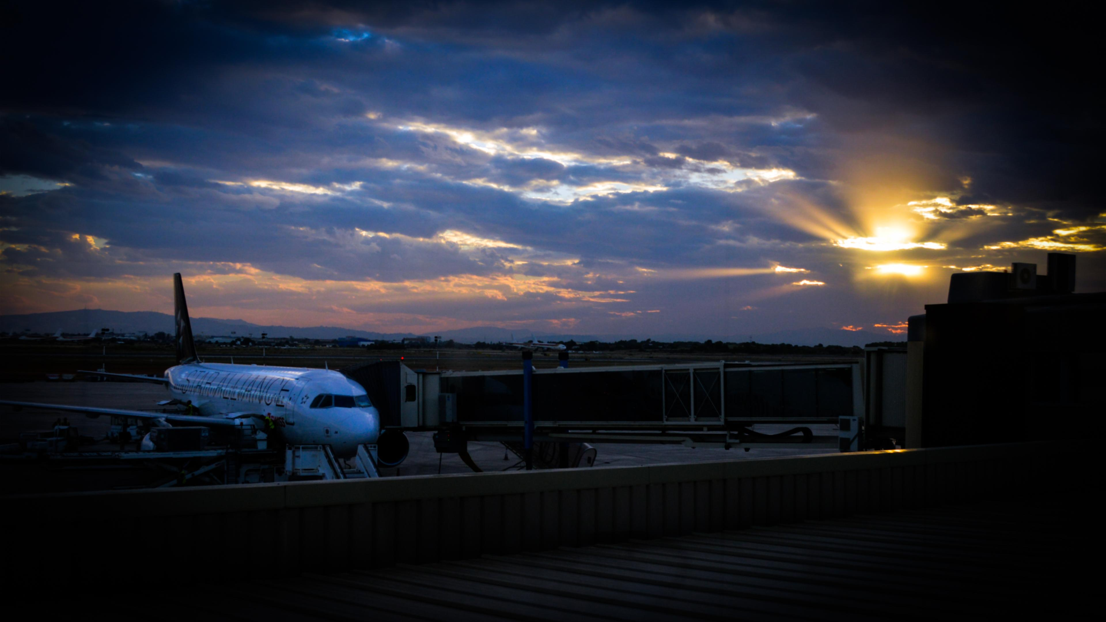 Wallpaper 3840 1200 Girl Hd Valencia Airport At Sunset Wallpaper Download Free