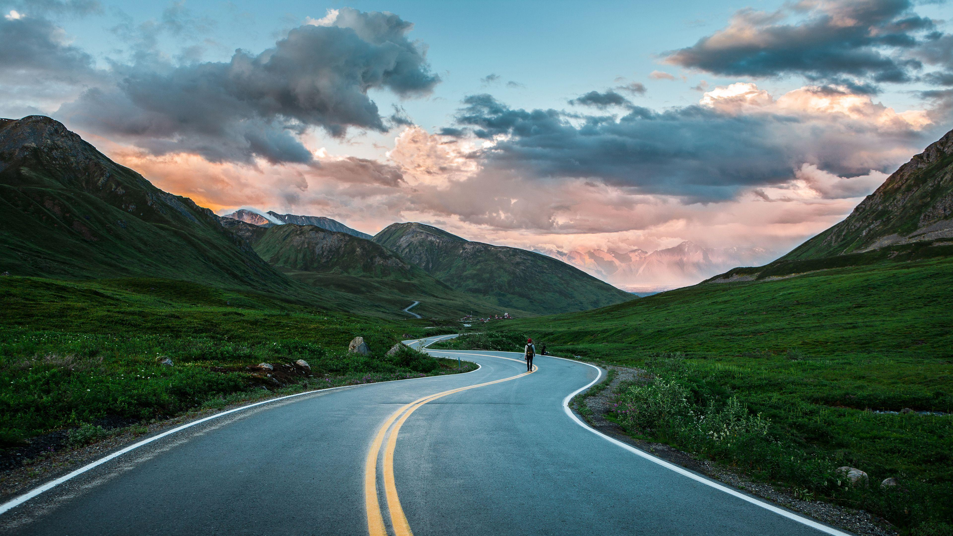 Cute Animated Moving Wallpapers For Desktop Hd Walking On The Curvy Road Wallpaper Download Free