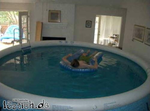 Pool im Wohnzimmer Bild  lustichde
