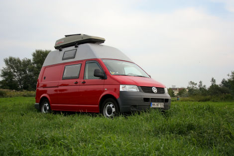 T5 Transporter 25TDI Campingausbau Hochdach 131PS 6G Camper  Biete Volkswagen
