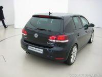 Bild-048 : Farbe: Moonlight Blue Perleffekt : VW Golf 6 ...
