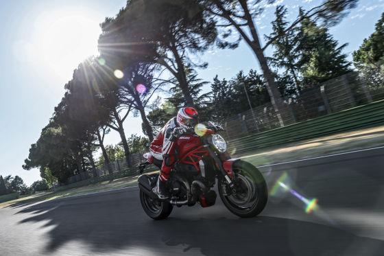 Ducati Monster 1200R Test Preise und Daten Motorrad News