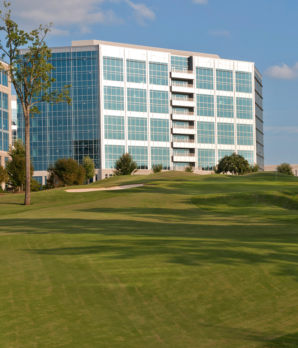 Gragg and Woodward Office Buildings at Ballantyne : LS3P