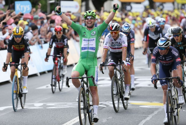 2021 Tour de France: Mark Cavendish Grabs 32nd Stage Win, Closes in on Merckx's Record