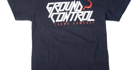 Camiseta Ground Control Negra