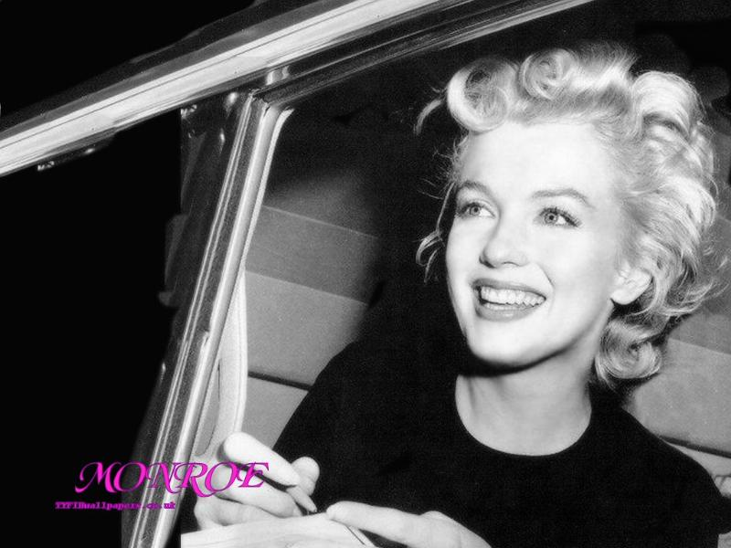 China Girl Wallpaper Full Hd Marilyn Monroe Vs Audrey Hepburn