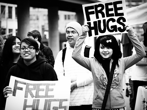 Free-hugs-are-nice_large