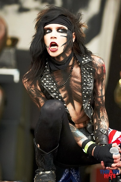 Andy-sixx-download-festvial-12--large-msg-131291291264_large