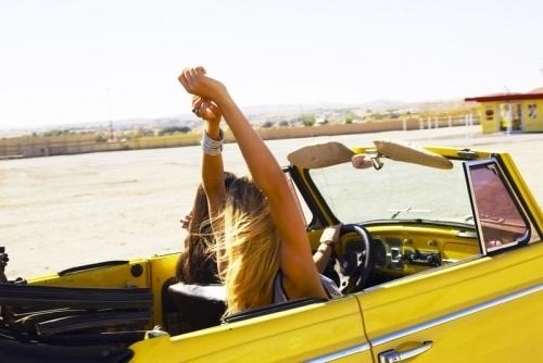 Car-drive-fun-girls-favim.com-224610_large