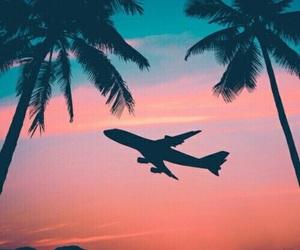 تفسير حلم الطائرة المدنية رؤيا طائره حربية و مقاتلة في المنام