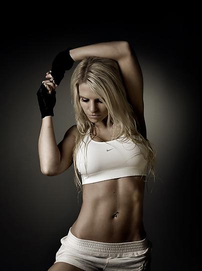 Fitness model, Fitspo