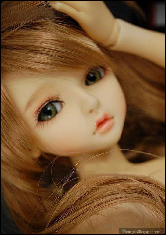 Cute Barbie Doll Wallpapers For Mobile I Love It We Heart It Beautiful Doll And Cute