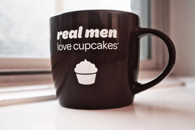 Real Men Love Cupcakes