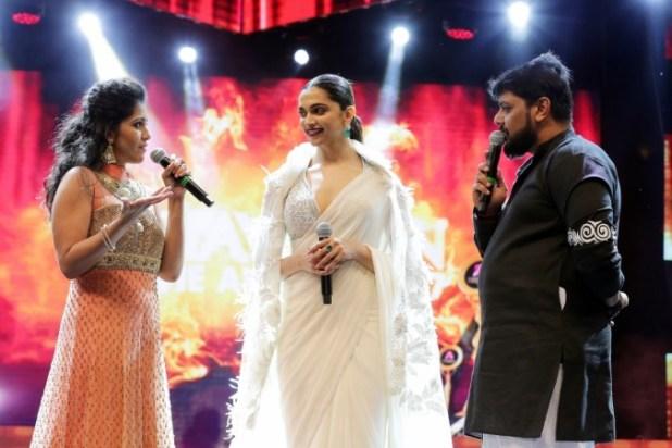 Deepika Padukone, Asiavision Movie Awards 2017