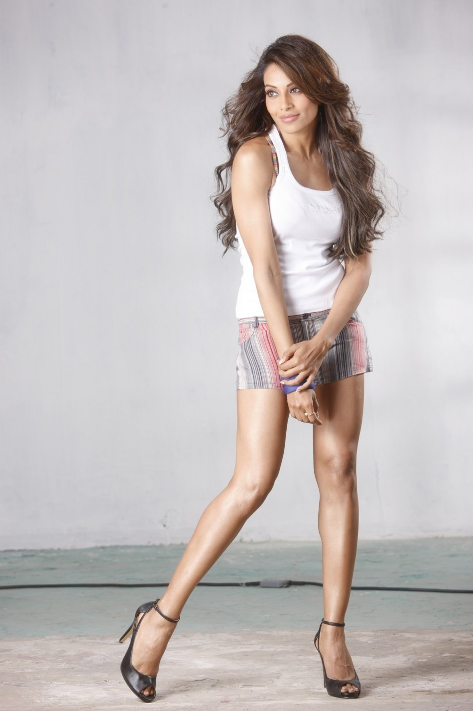Indian Quit Girl Wallpaper The Most Beautiful Legs In Bollywood Photos Ibtimes India