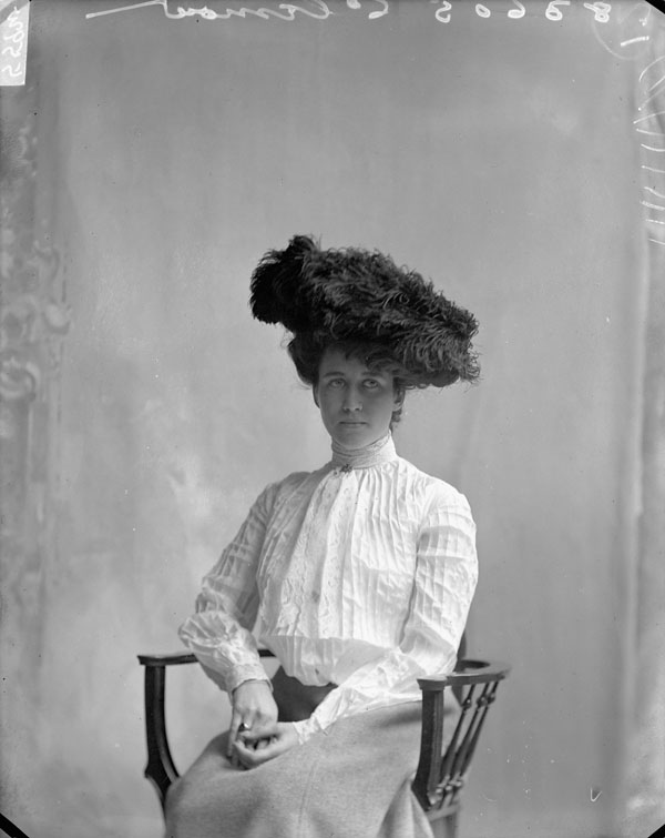 victorian woman in 1902 black hat canada