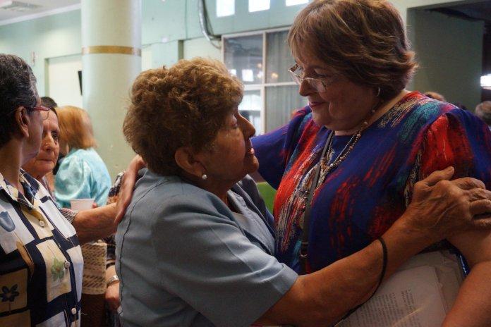 Presidenta Idelma Marquetti junto a una socia