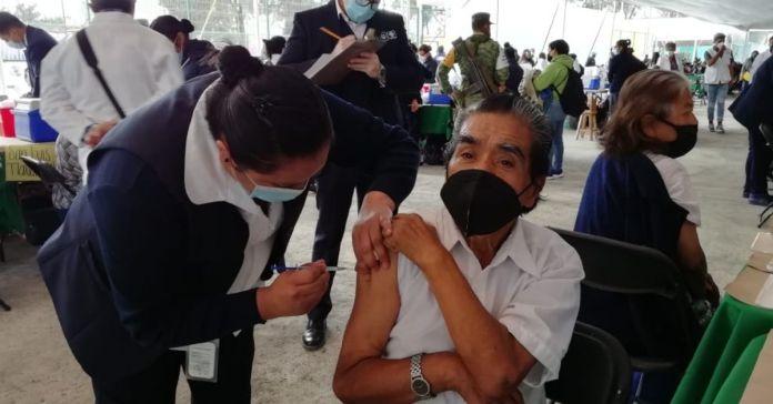 ¿Se te pasó la vacunación en CDMX? Aún puedes hacerlo, checa horarios y lugares