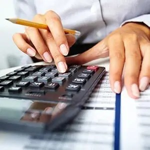 Outsourcing payroll: 5 reasons to seek help