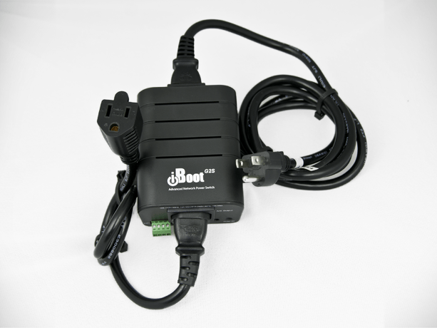 iBoot-G2S. Web Power Controller with Network Switch
