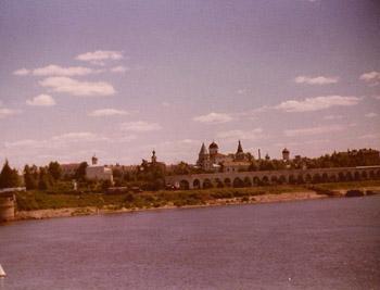 Novgorod1977ThievesMarketImageTVS