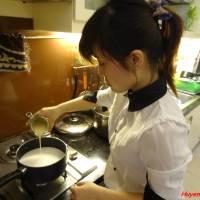 Làm sữa chua theo chị Khai Tâm