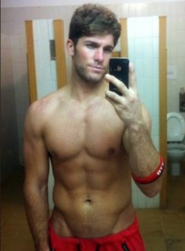 Jadon Lynch, 31 years old, Vancouver, Canada