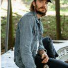 Alek Ricard, 30 years old, Vancouver, Canada