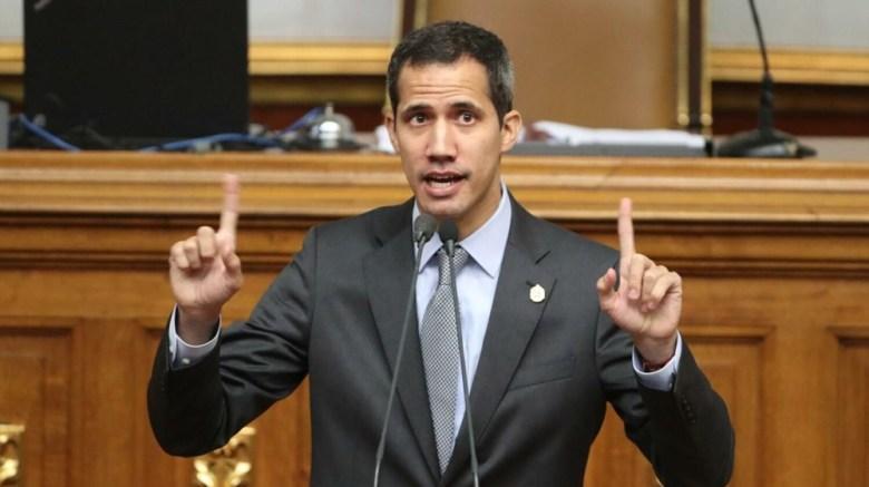 Juan Guaido declara estado de alarma en Venezuela