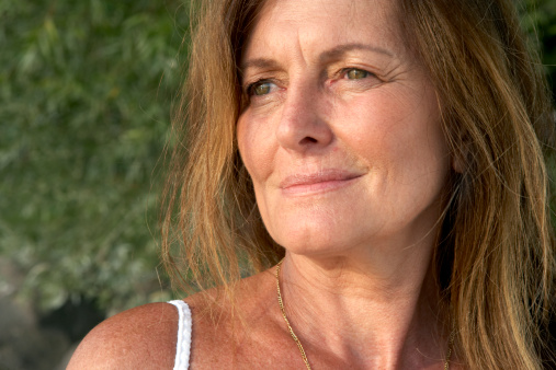 middle age woman worried sad dating