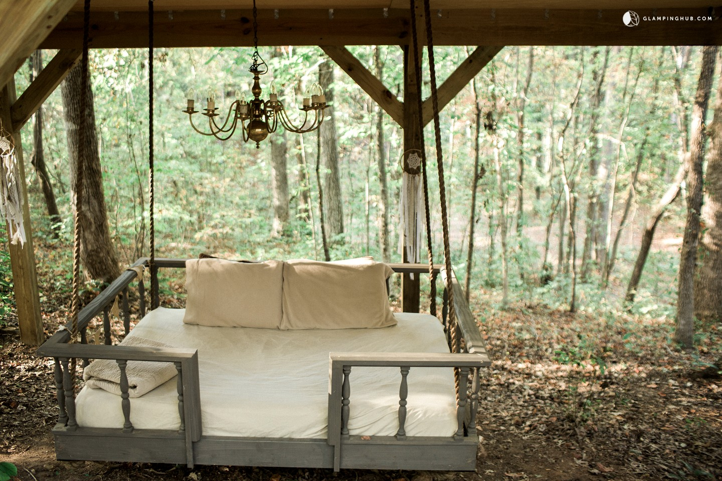 5 Awesome Treehouse Rentals to Climb Into