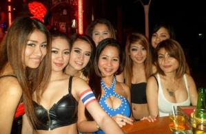 Nightlife & Hot Thai Girls In bangkok - Bars and Clubs