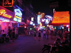 soi cowboy red light district, bangkok enjoy nightlife