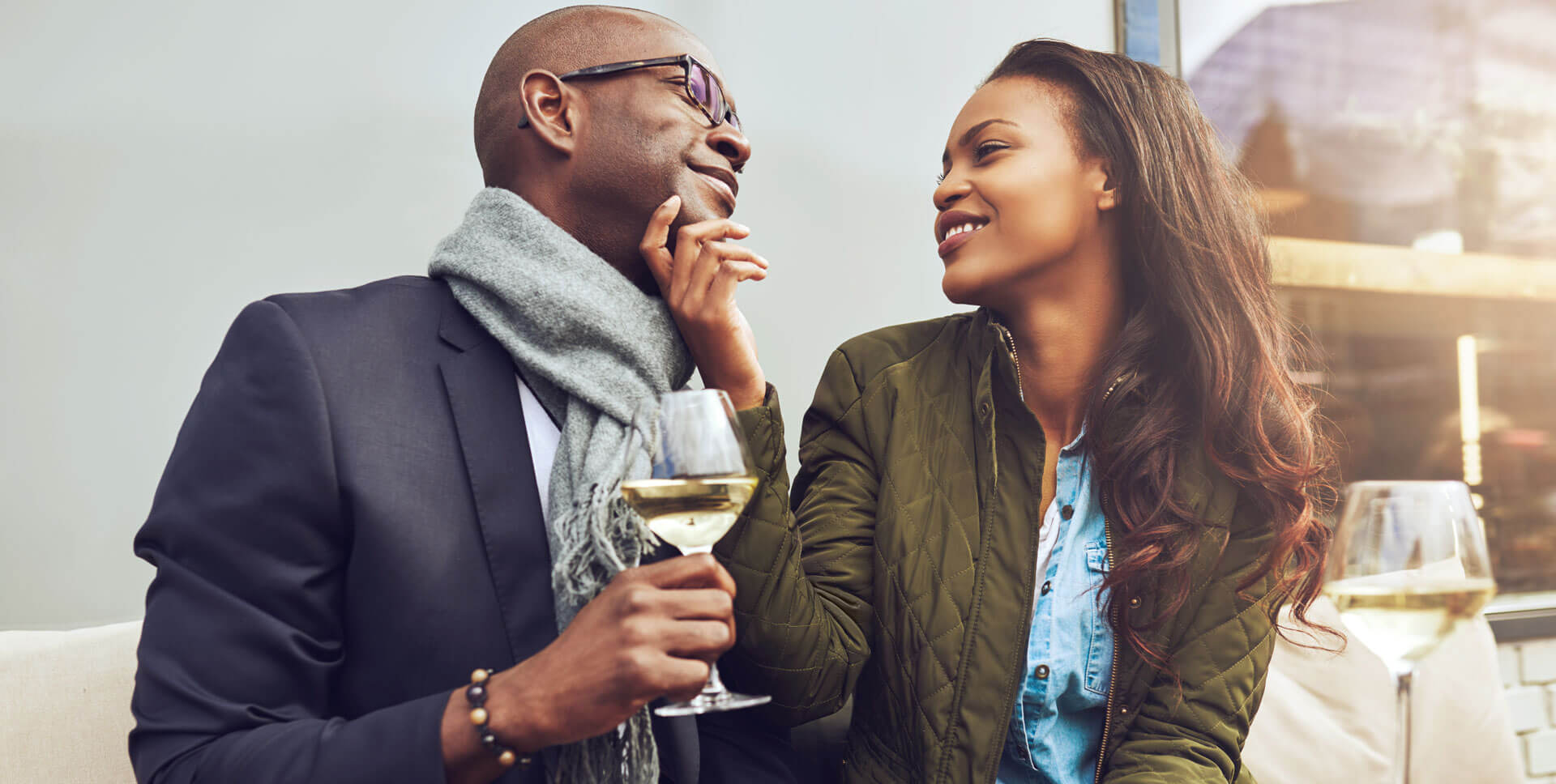 dating coach - couple on a date - dating advice for men