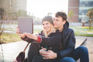 dating selfie - what to say on tinder